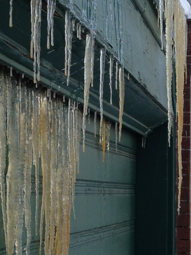 icicle roof leak